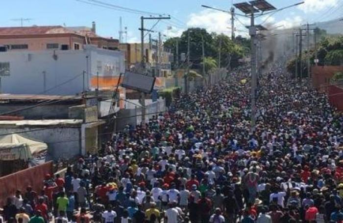Des milliers de manifestants demandent la démission de Jovenel Moïse en Haïti