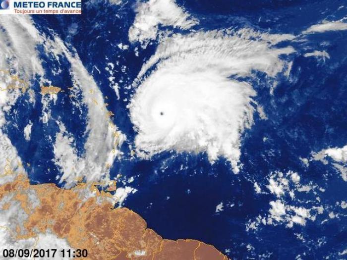Des vigilances en cours en Guadeloupe à l'approche de José