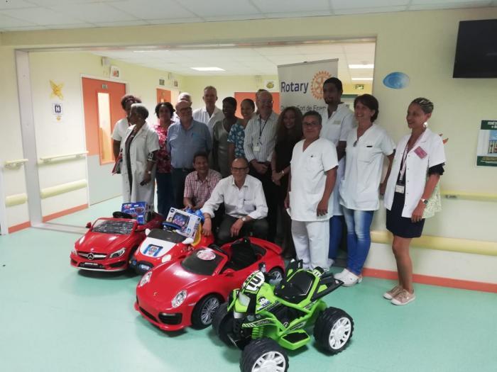 Des voiturettes électriques offertes à la MFME pour le bien-être des enfants hospitalisés