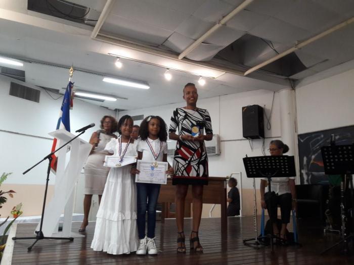 Deux écoles reçoivent le Prix Education Citoyenne de la Jeunesse