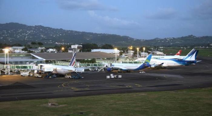 Deux nouveaux parkings bientôt disponibles sur le tarmac de l'aéroport Aimé Césaire