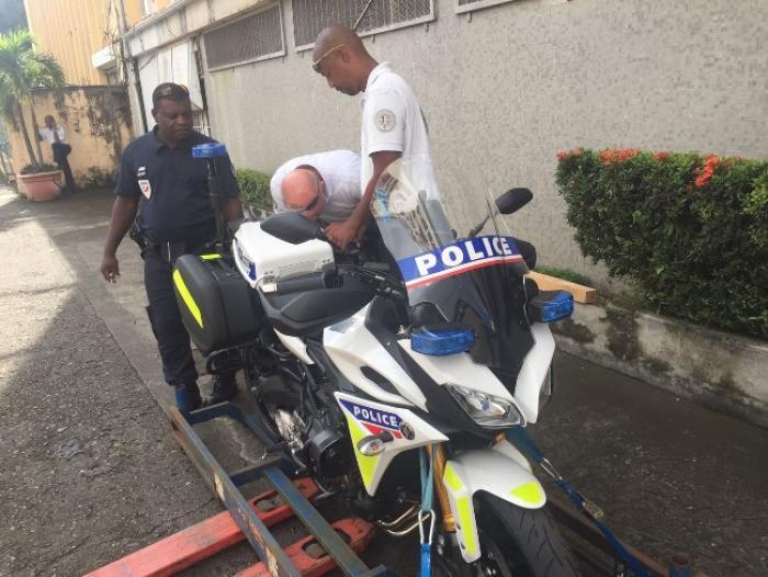Deux nouvelles motos pour les policiers