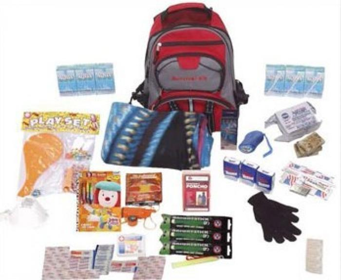Distribution de kits d'urgence à Grand-Rivière