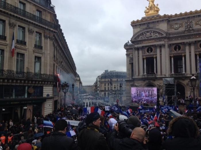 Défilé du Front national : perturbations et faible mobilisation