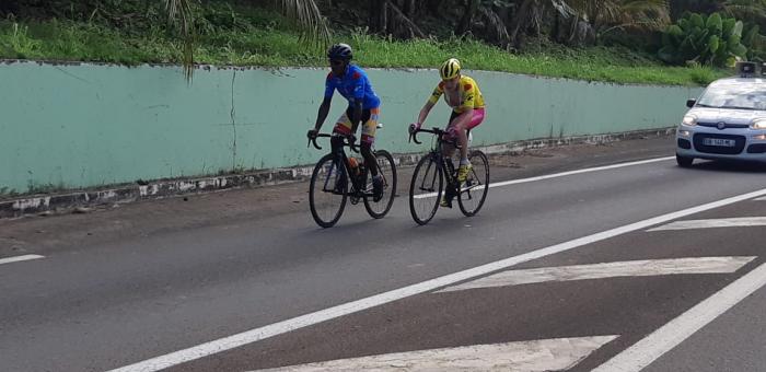 Eliott Pierre maintient sa domination sur le tour cycliste junior