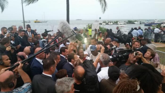 Emmanuel Macron était en visite à Goyave