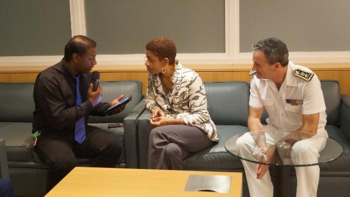 En Guadeloupe, la ministre des Outre-mer soutient les dossiers de l'eau et des Sargasses