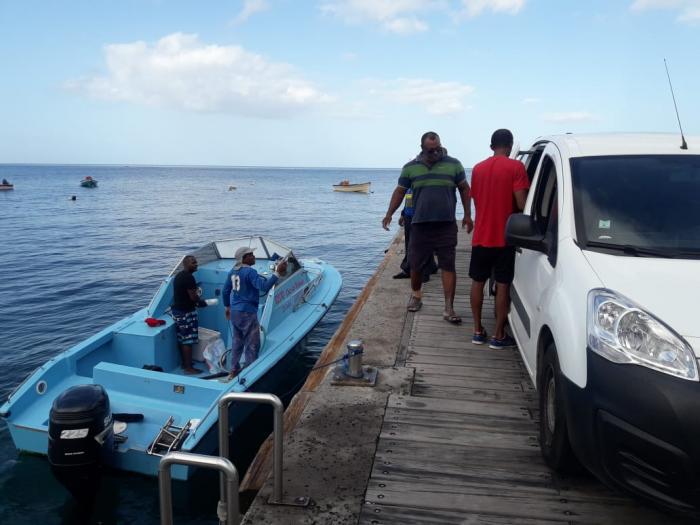 Famille dominiquaise : la maison en Dominique est inhabitable