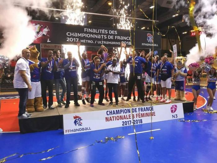 Finalités de Handball : l'Arsenal Handball champion de France Nationale 3 féminine