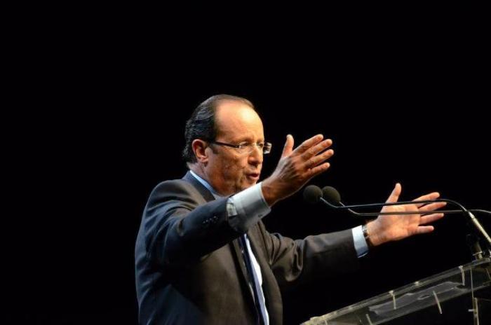 François Hollande à Cuba le 11 mai après son déplacement en Martinique (9 mai) et en Guadeloupe (10 mai)