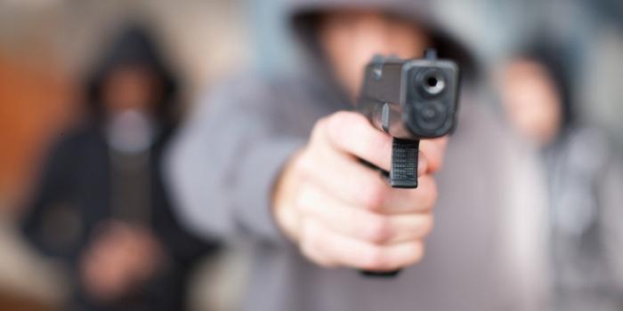 Fusillade dans une soirée : les gangs incriminés