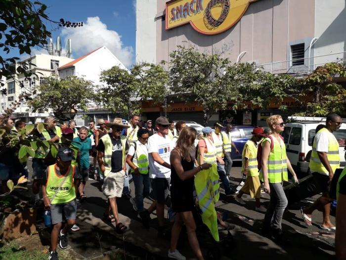 Gilets jaunes en Martinique : un mouvement qui peine à prendre de l'ampleur