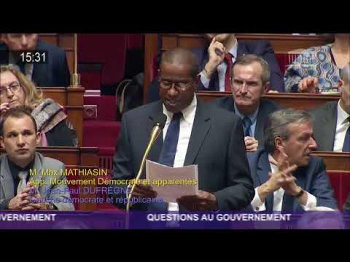 Gilets jaunes : le député Max Mathiasin fait le choix de l'abstention