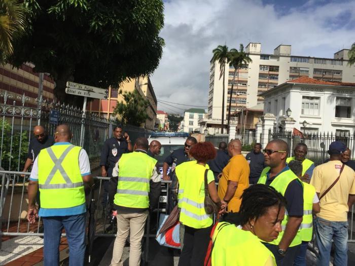 Gilets jaunes : une mobilisation faiblement suivie en Martinique