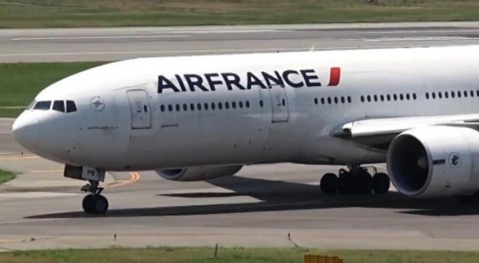 Grève Air France : un vol maintenu sur 2 en provenance de Paris