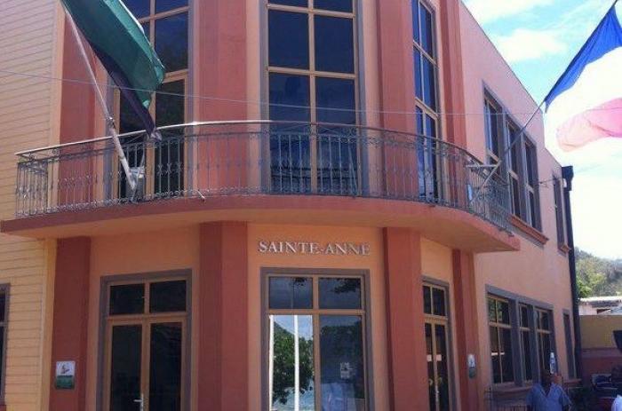 Grève des agents municipaux de Sainte-Anne