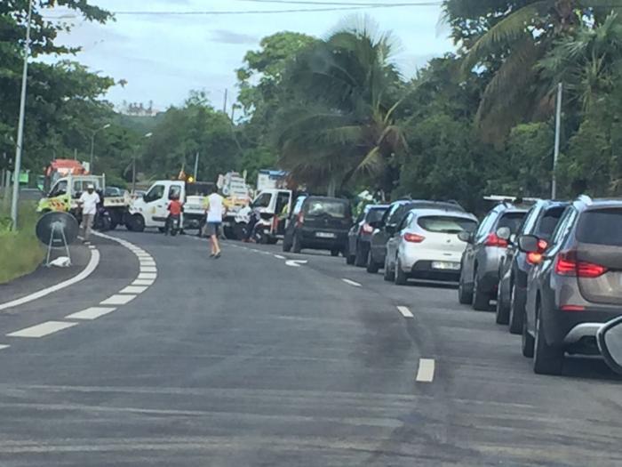 Grosse mobilisation des agents de Routes de Guadeloupe
