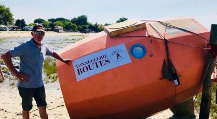 Il fait sa Route du Rhum en tonneau: récit d'une semaine en mer