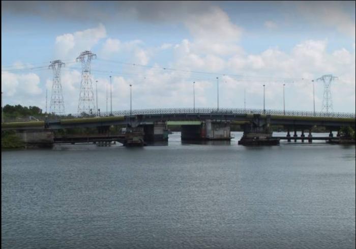 Il n'y a plus de barrage sur le pont de la Gabarre