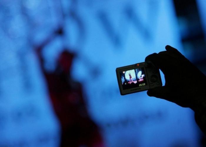 Images pornographiques : l'association GPX Outremer et Jean-Philippe Nilor tirent la sonette d'alarme