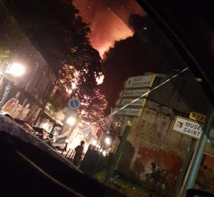 Impressionnant  incendie à Pointe à Pitre