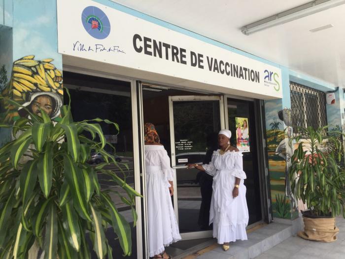 Inauguration du centre de vaccination à Fort-de-France