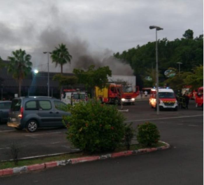 Incendie au Géant Bas-du-Fort