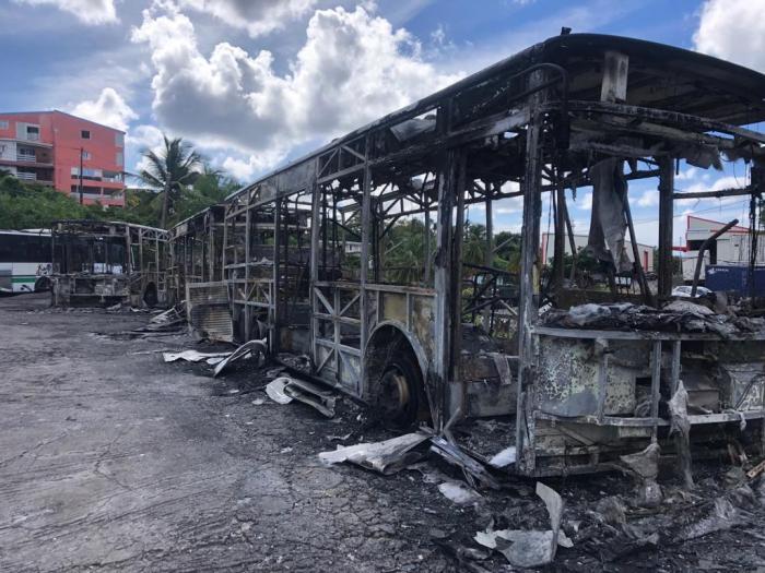 Incendie bus Sotravom : l'enquête a démarré afin de connaître son origine