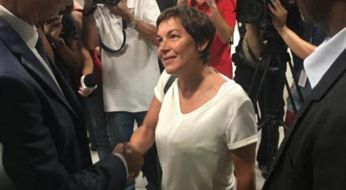 """Incendie mortel : la ministre des outre-mer fait part de son """"émotion"""""""