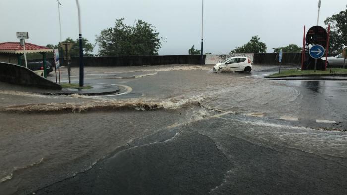Inondations et montée des eaux à Schoelcher, ce vendredi