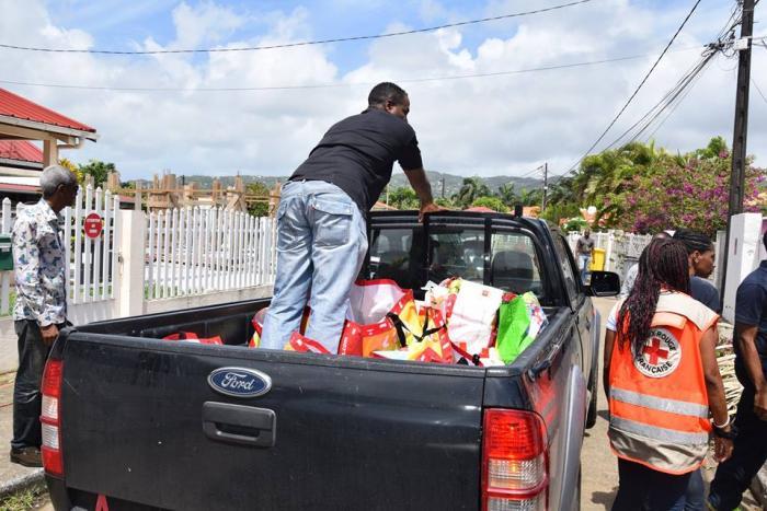 Intempéries au François : distribution des dons aux 157 familles sinistrées