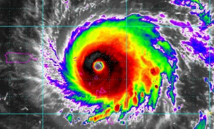 Irma : une rafale à 320 km/h enregistrée