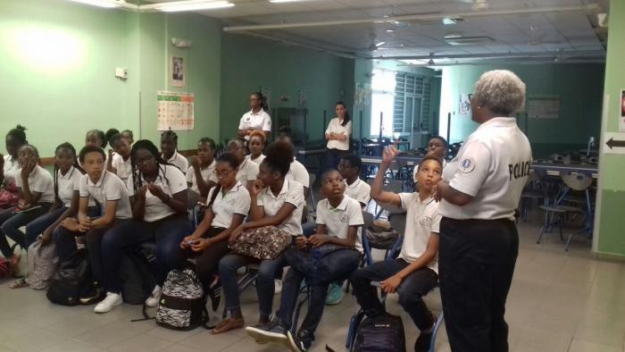 Journée de sensibilisation sur le port du casque au collège Julia Nicolas