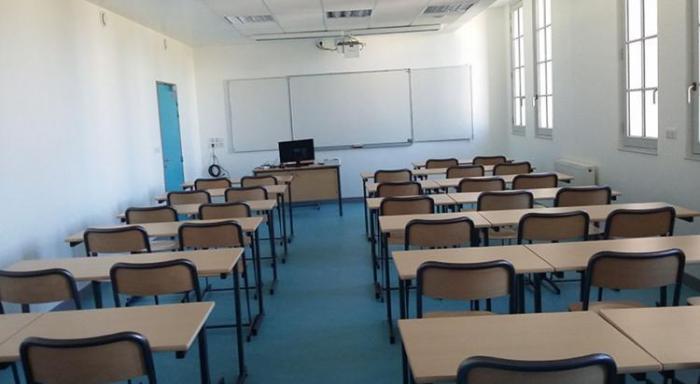 L'école de Port-Blanc bloquée par les parents d'élèves.