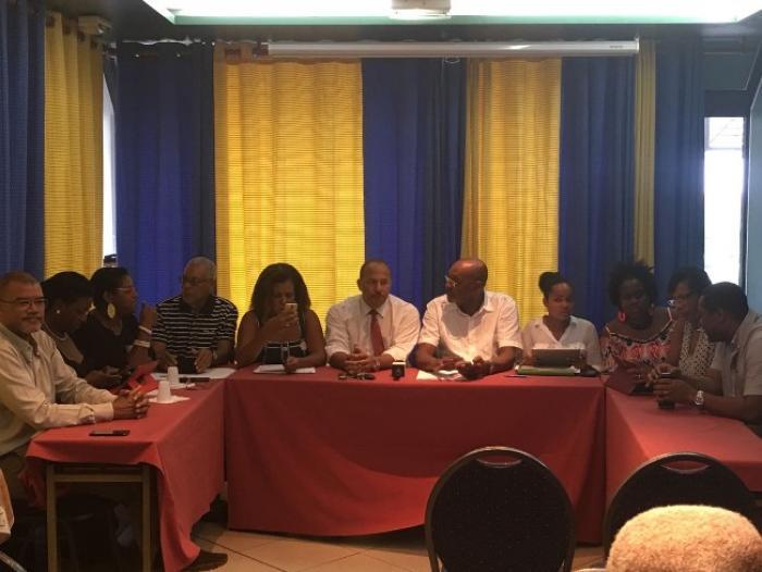 L'opposition boycotte la séance plénière