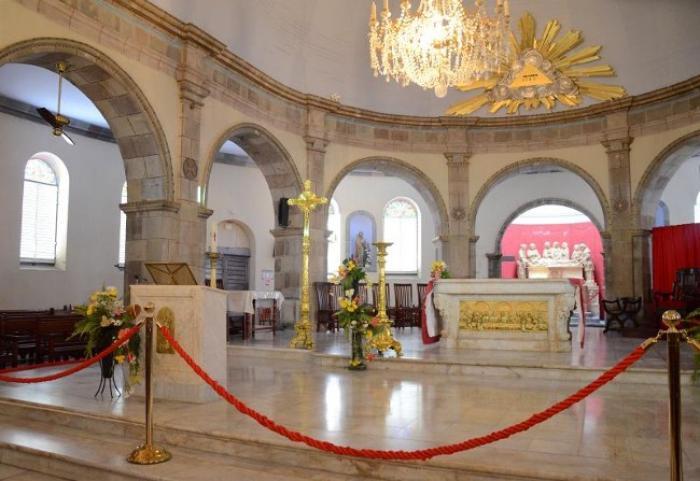 La cathédrale de Basse-Terre a fait le plein pour la messe chrismale