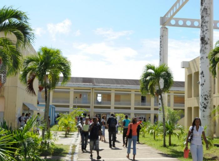 La crise couve-t-elle de nouveau à l'université des Antilles?