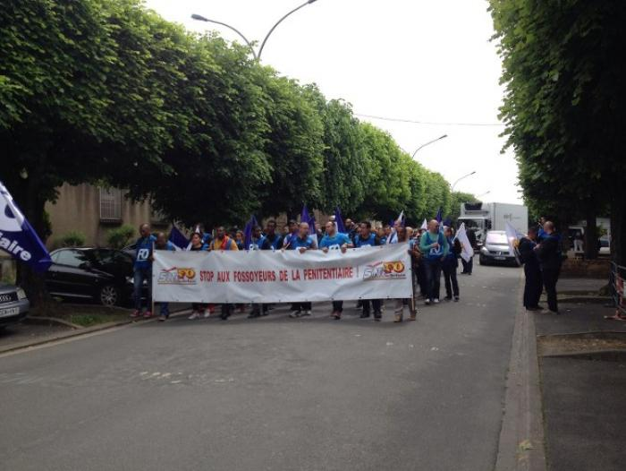 La défense des congés bonifiés : des agents FO pénitentiaires mobilisés à Fresnes