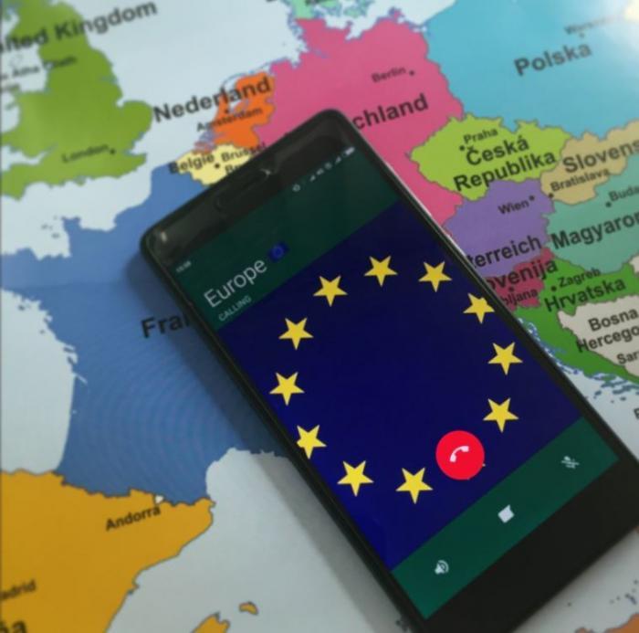 """La fin du roaming : que faut-il retenir d'une """"éclatante réussite"""" de l'UE ?"""