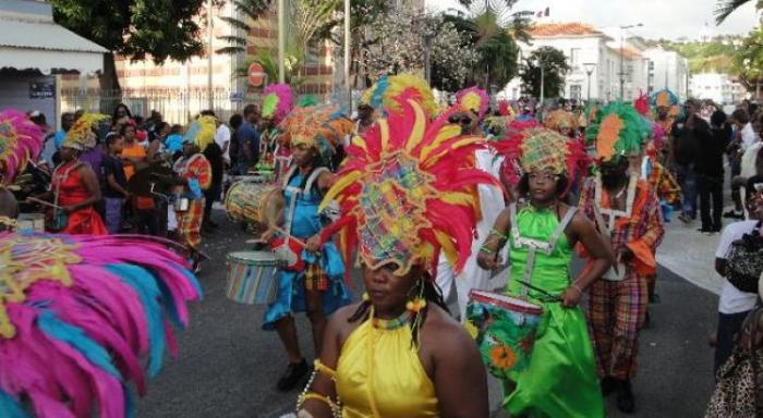 La Foyal Parade fait son thème astral