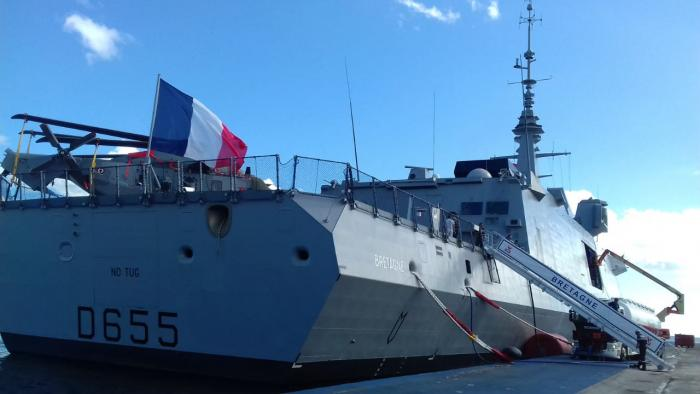 La frégate Bretagne fait escale en Martinique