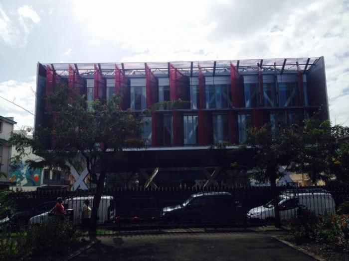 La futuriste cour d'appel de Fort-de-France au centre d'une polémique entre procureurs et avocats dans l'hexagone