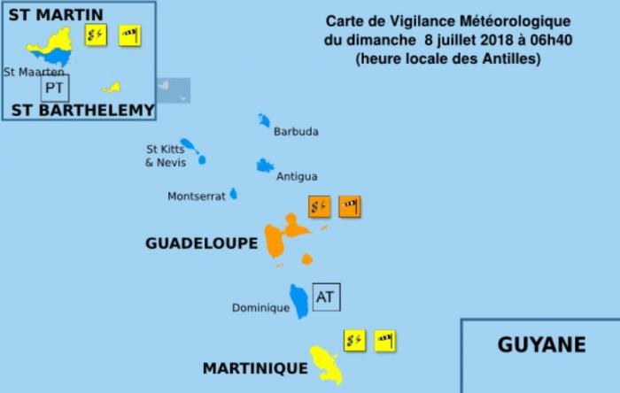 """La Guadeloupe en vigilance orange """"fortes pluies et orages"""" et """"vents violents"""""""
