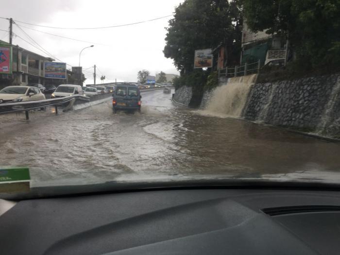 La Martinique placée en vigilance orange pour fortes pluies et orages