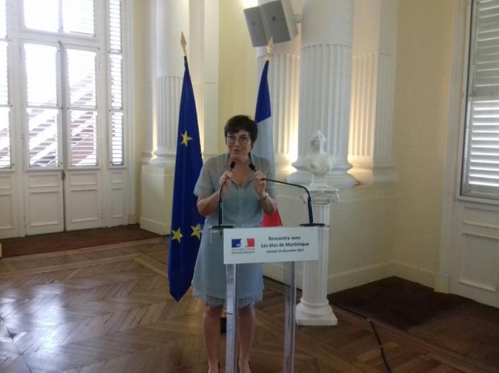 La ministre des Outre-mer poursuit sa visite aux Antilles