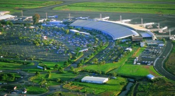La piste de l'aéroport du Lamentin fermée durant quelques heures, ce lundi