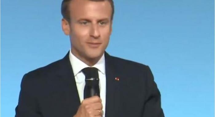 La surrémunération des fonctionnaires outremer pointée du doigt par E.Macron