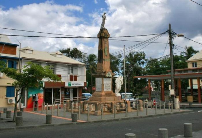 La ville de Capesterre-Belle-Eau part en croisade contre le Siaeag