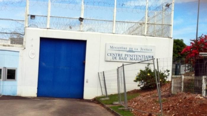 La visite de Victorin Lurel au centre pénitentiaire de Baie-Mahault