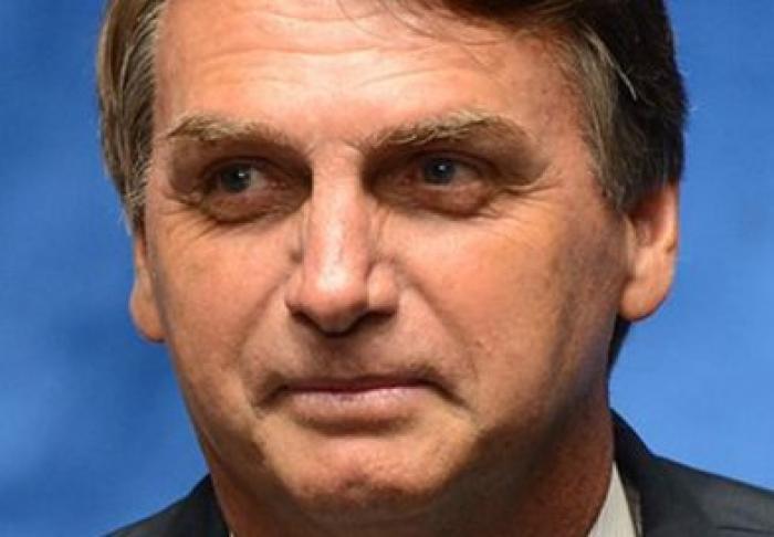 Le Brésil passe à l'extrême droite